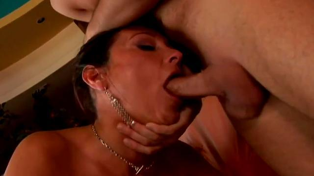 Blond cutie makes blowjob deep