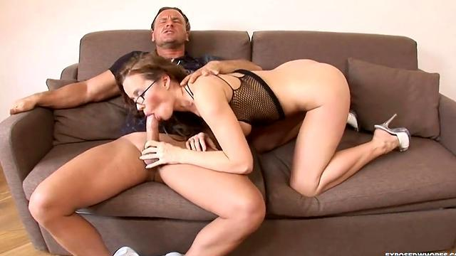 Under sunshine anal sex
